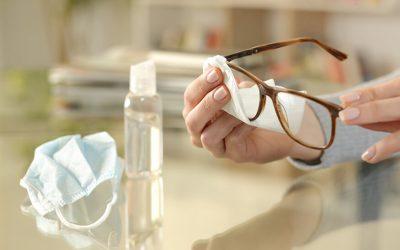 ¿Cómo hacer una correcta limpieza de mis gafas?